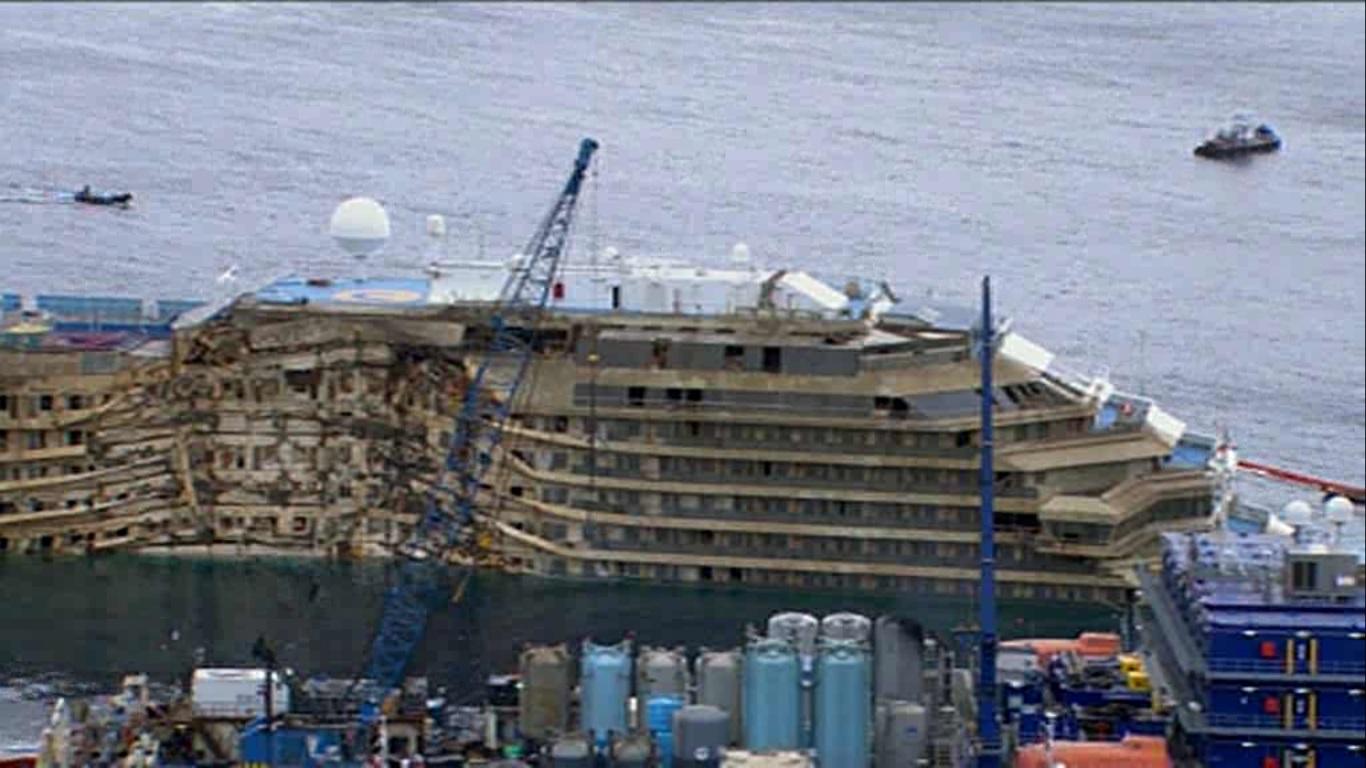 Risposta all'interrogazione sul piano formativo per i lavoratori che si occupano della demolizione della Costa Concordia