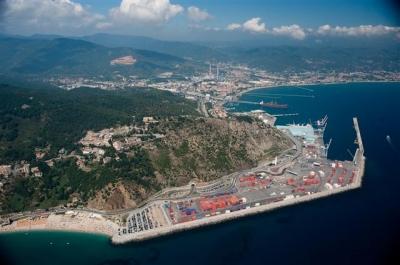 Risposta all'interrogazione sulla piattaforma Maersk
